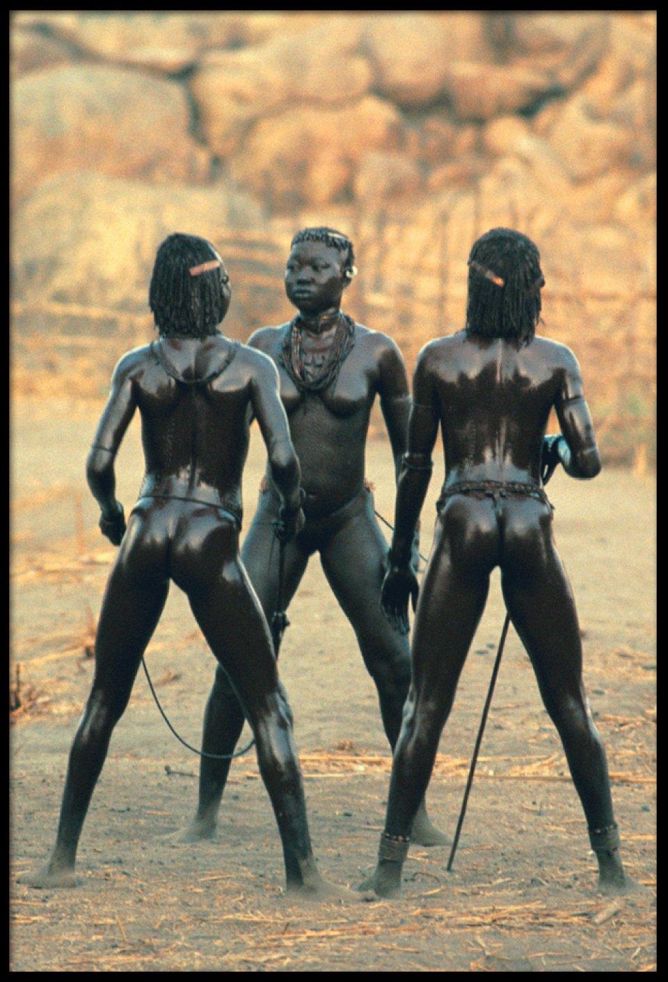 Смотреть бесплатно порно экспедиция в африку 11 фотография