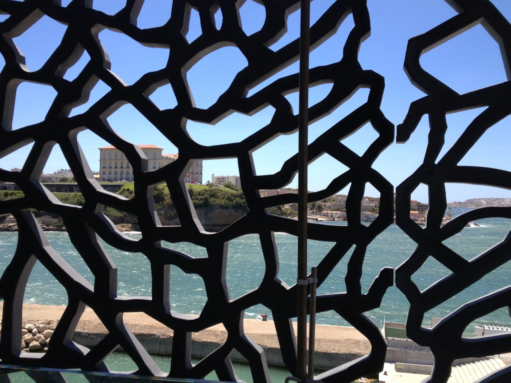 expositions enfin le mucem matching points. Black Bedroom Furniture Sets. Home Design Ideas